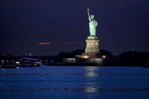 statue-liberty